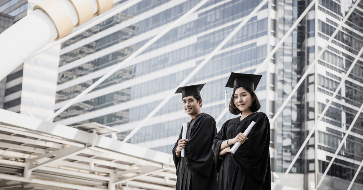 Benefits Of An International Degree & How It Opens Global Doors For The Students